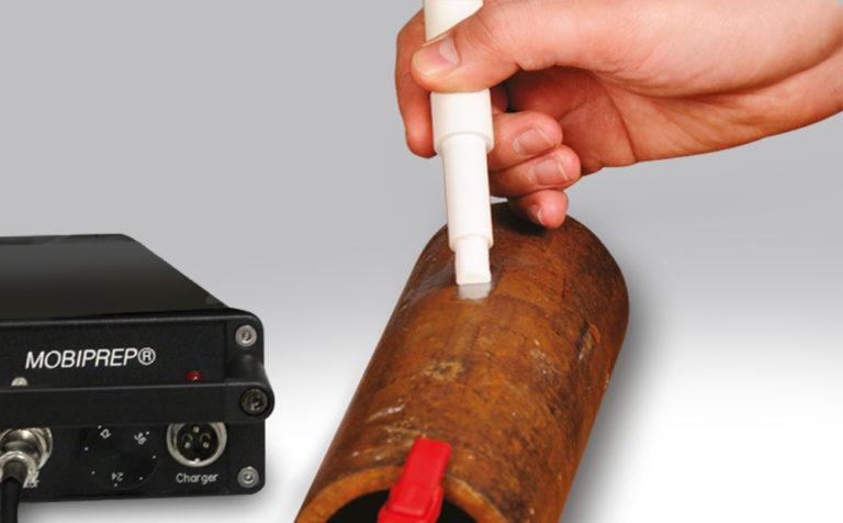 Funkcja trawienia w mobilnej szlifierko-polerce MOBIPREP